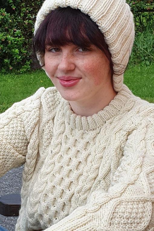 Handknit traditional irish cap natural